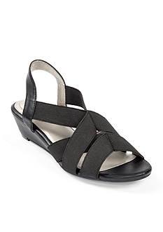 me Too Savana Wedge Sandal