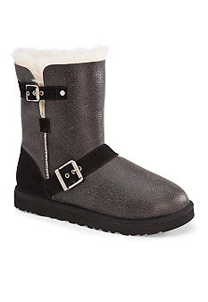 UGG Australia Classic Short Dylyn Boot