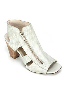 Summit White Mountain Sherilyn Italian Leather Open Toe Sandal