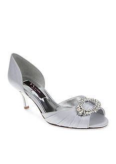Nina Crystah Pumps