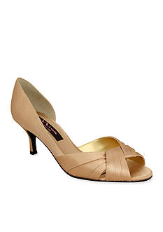 Nina Culver Pump - Available in Extended Sizes - Online Only