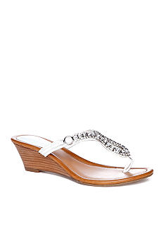 GUESS Ulley Wedge Thong Sandal