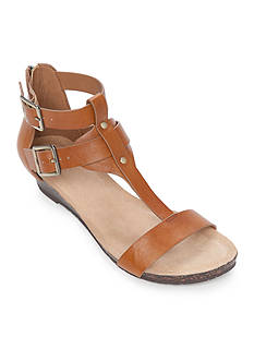 Kenneth Cole Reaction Great Step Low Wedge Sandal