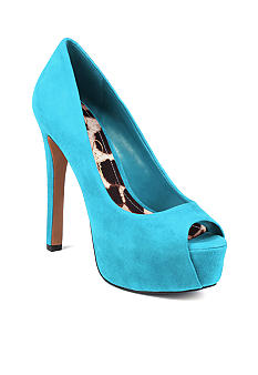 Jessica Simpson Carri Pump