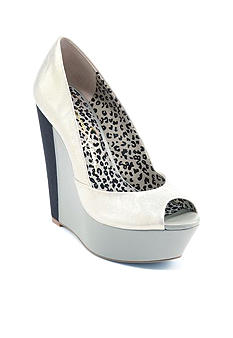 Jessica Simpson Leelo Wedge