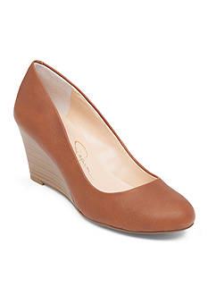 Jessica Simpson Sampson Wedge Pump