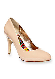Madden Girl Propose Pump