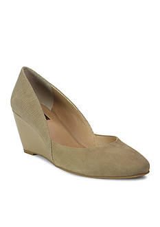 TAHARI™ Palace Wedge D'Orsay