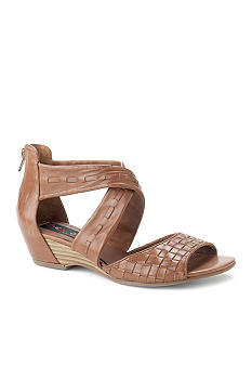 Everybody Emily Wedge Sandal
