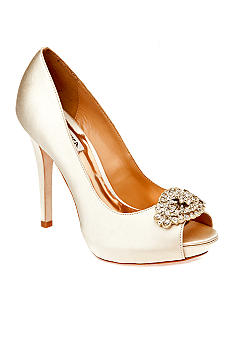 Badgley Mischka Goodie Pump
