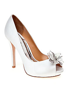Badgley Mischka Cleone Pump