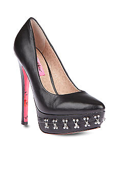 Betsey Johnson Catelynn Pump