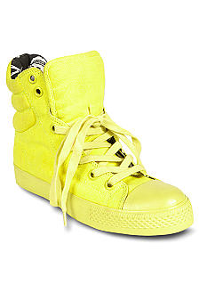 Betsey Johnson Nexuss Sneaker