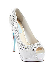 Betsey Johnson Vow Pump