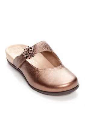 Get Vionic with Orthaheel Technology Joan Clog Before Special Offer Ends