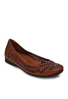 Cobb Hill Esme Flat