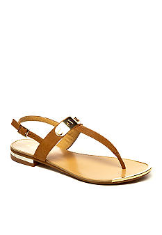 Report Moniquee Sandal