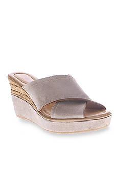 Azura Vampiano Wedge Sandal