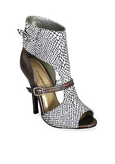 C. Label Milan High Heel