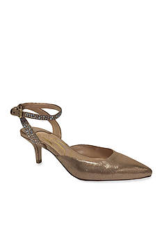 J Reneé Purfect Pump - Available in Extended Sizes - Online Only