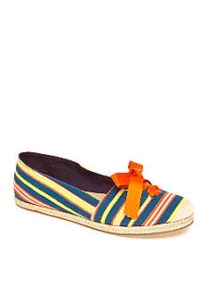 New Directions Lacey Slip-on