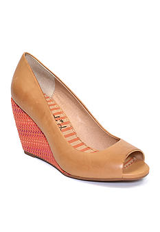 Splendid Derby Wedge Pump