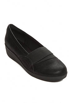 Easy Spirit Kaleo Flat - Available in Extended Sizes