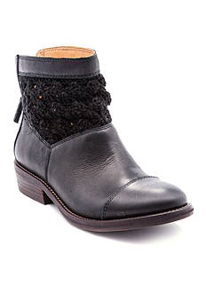 Latigo Carly Booties