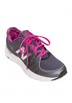New Balance Women's 775 Running Shoe