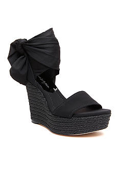 Donald J Pliner Tiam Wedge Sandal