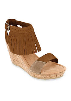Minnetonka Poppy Wedge Sandal