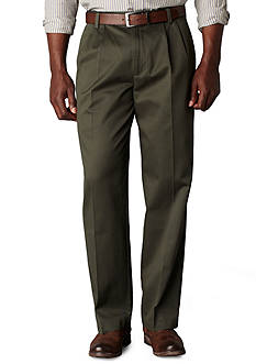 Dockers SIG Khaki Classic Pleated Pants