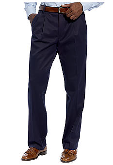 Dockers D3 Classic Fit  Iron Free Pleated Pants