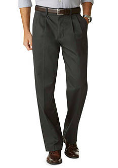 Dockers Signature Relaxed Fit Khaki Pleated Pants