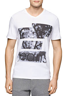 Calvin Klein Jeans Slim-Fit Faded Linear Graphic Tee