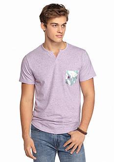 Chip & Pepper CALIFORNIA Short Sleeve Split Neck Pocket T-Shirt