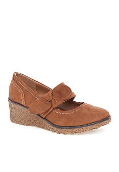 MIA Addie Wedges Girl Sizes 13-5