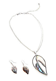 Kim Rogers Leaf Pendant Necklace and Earring Set