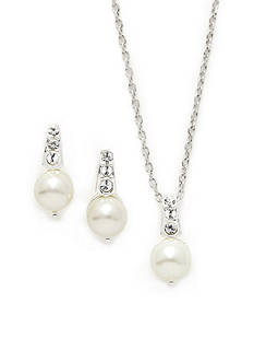 New Directions Earring and Pendant Pearl Drop Boxed Set