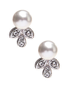 Nadri Pearl Stud with 3 Leaf Earring