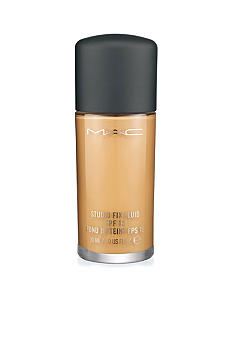 M&#183;A&#183;C Studio Fix Fluid SPF 15<br>