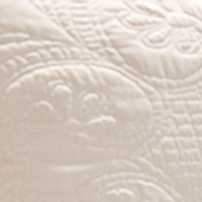 Discount Bedding: Ivory American Traditions™ CLASSIC TILES BEDSPR