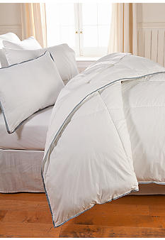 Calvin Klein 300 Thread Count Down Alternative Comforter
