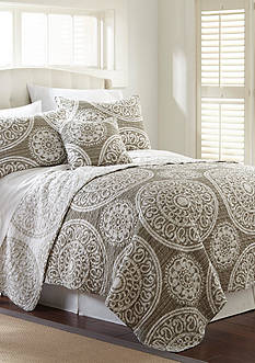 Elise & James Home™ Nessa King Quilt