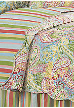 Bright Paisley Full/Queen Quilt 90-in. x 92-in.