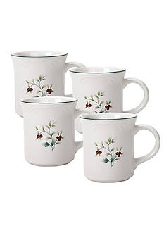 Pfaltzgraff Winterberry Coffee Set of 4 Mugs