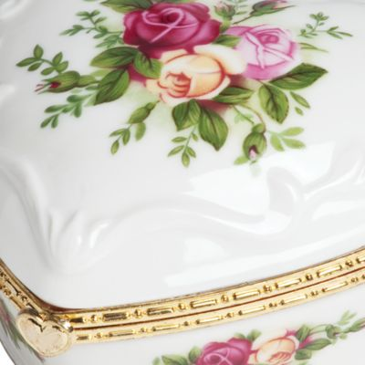 For The Home: Royal Albert Dining & Entertaining: Rose Royal Albert Old Country Rose Heart Vase