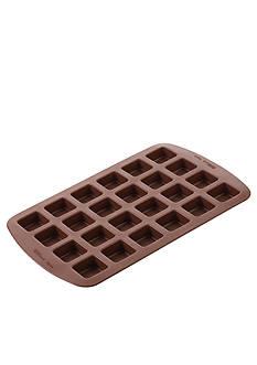 Wilton Bakeware Bite-Size Brownie Squares Silicone Mold