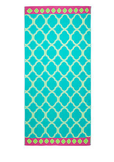 Home Accents Scallop Medallion Beach Towel