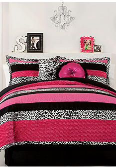Seventeen Sascha Bedding Collection